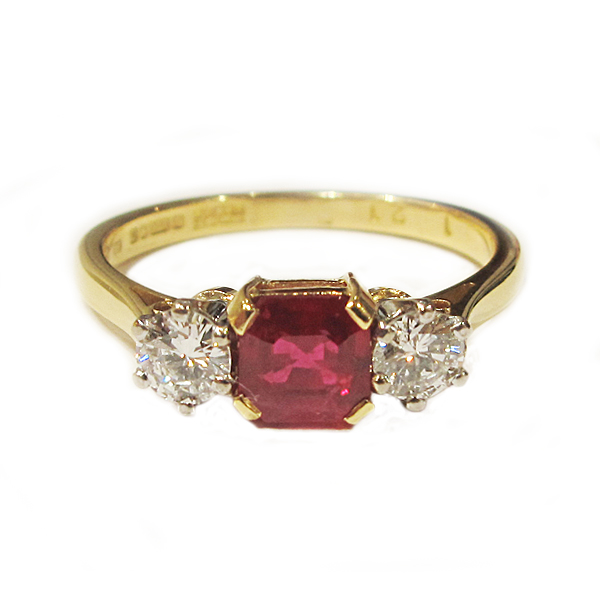Second Hand 18ct Yellow Gold Ruby + Diamond Ring
