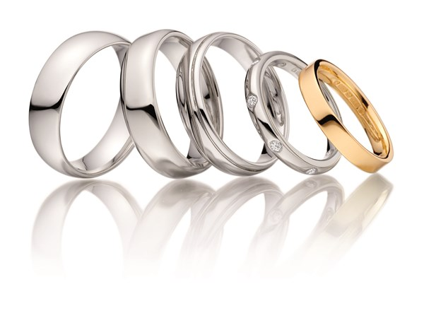 Announcing Jacobs famous wedding ring event in Reading image
