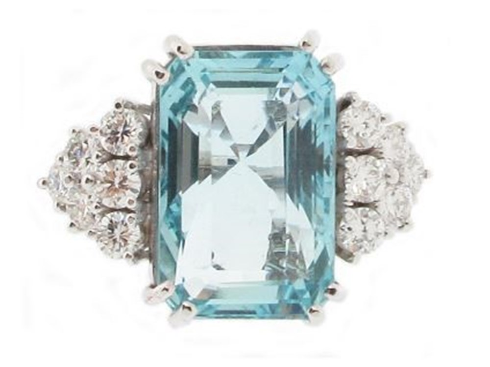 An Expert Jeweller Delves into the Rich History of the Aquamarine