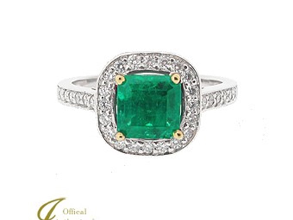 Not Just Diamonds: Emerald Engagement Rings Are Perfect for Modern Brides