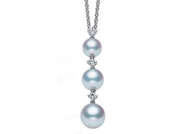 Pearls: A Jeweller Takes a Deep Dive into the Gift of the Sea image