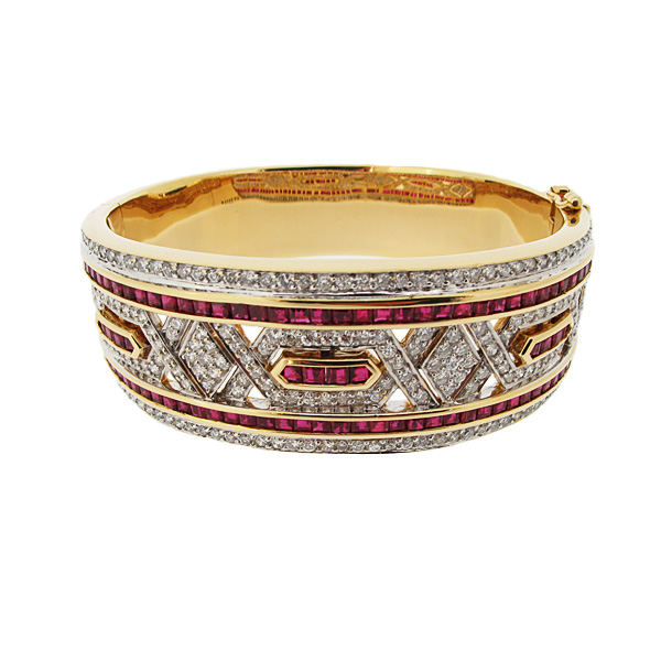 18ct yellow gold diamond and ruby hinged bangle