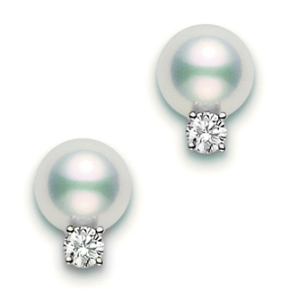 A pair of stunning Mikimoto Cultured Pearl stud earrings