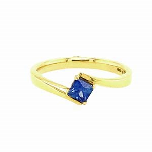 18ct Yellow Gold 0.40ct Sapphire Twist Ring